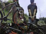 aqfan-scahmed-22-tersangka-pencurian-sepeda-tangan-terikat-di-wilayah-pangkalpinang_20180725_083850.jpg