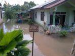 banjir-aik-rayak_20170130_203223.jpg