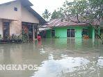 banjir-di-belitung-air-setinggi-leher.jpg