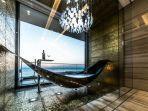 bentuk-hammock-yang-umumnya-digunakan-sebagai-tempat-tidur-menggantung-di-alam.jpg