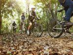 bersepeda-salah-satu-olahraga-untuk-menurunkan-berat-badan.jpg