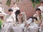 boy-band-the-east-light_20181019_170452.jpg