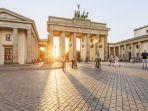 brandenburg-gate-berlin-jerman_20180710_021746.jpg