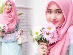 busana-hijab-dengan-warna-trendi_20171208_091758.jpg