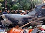 cerita-warga-selamatkan-pilot-pesawat-tempur-tni-au-jatuh-di-pekanbaru-pilot-adalah-aset-negara.jpg