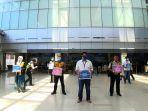 egm-pt-ap-ii-bandara-depati-amir-muhammad-syahril-membagikan-masker-dan-safe-travel-campaign.jpg