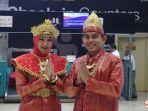 frontliner-sriwijaya-air-group-mengenakan-pakaian-adat-khas-kerajaan-sriwijaya.jpg