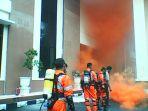 gedung-pengadilan-terbakar_20170117_140257.jpg
