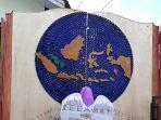 gerbang-daur-ulang-sekolah-alam-bangka-belitung_20170422_143427.jpg