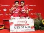 greysia-poliiapriyani-rahayu-berpose-di-podium-indonesia-masters-2020.jpg