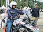 gubernur-dki-jakarta-anies-baswedan-di-touring-lintas-milenial-road-safety-festival-2019.jpg