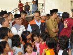 gubernur-dki-jakarta-anies-baswedan-saat-mengunjungi-pengungsi-di-wilayah-cengkareng.jpg