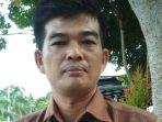 guru-sekaligus-humas-smea-yapensu-sungailiat-fany-se_20180227_180321.jpg