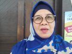 hj-etna-estelita-kepala-perwakilan-bkkbn-bangka-belitung_20180312_194901.jpg