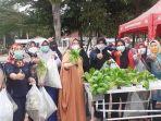 istri-walikota-pangkalpinang-belanja-sayur-hidroponik-di-alun-alun-taman-merdeka-0703.jpg