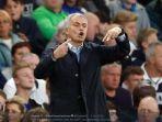 jose-mourinho-saat-masih-melatih-chelseaqeqerqrer.jpg