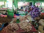 jualan-udang-di-pasar-pagi-pangkalpinang-senin-872019.jpg