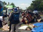 kecelakaan-maut-kijang-vs-truk.jpg