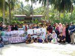 kegiatan-anggota-karang-taruna-desa-dalil-di-pulau-nangka_20181001_235321.jpg