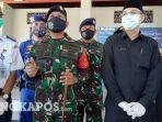 komandan-lanal-babel-kolonel-laut-p-dudik-kuswoyo-saat-bersama-unsur-terkait-di-bangka-barat.jpg
