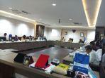 komisi-vii-dpr-ri-dan-anggota-dpr-ri-eko-wijaya_20180430_155351.jpg