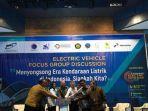 konferensi-pers-kendaraan-listrik.jpg