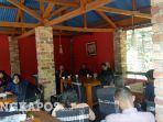 konferensi-pers-kpu-bangka-barat-2912020.jpg