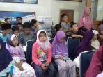 kunjungan-edukasi-siswa-sd-it-bina-insaqn_20170419_112737.jpg