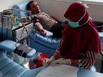 m-ridwan-raja-dewa-donor-darah-di-pmi.jpg