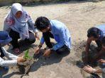 mahasiswa-kkn-ubb-desa-batu-beriga-melakukan-penanaman-1000-bibit-pohon.jpg