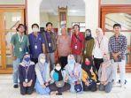 mahasiswa-kkn-ubb-xv-desa-ibul-melakukan-kunjungan-sejarah-ke-museum-kerajaan-badau.jpg
