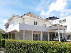 menumbing-heritage-hotel-cagar-budaya-dan-ikon-bangunan-bersejarah-di-pulau-bangka.jpg