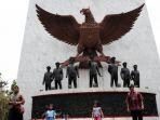 monumen-pancasila-sakti-lubang-buaya_20171001_165442.jpg