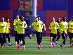 para-pemain-barcelona-mengambil-bagian-dalam-sesi-latihan.jpg