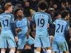 para-pemain-manchester-city-merayakan-gol-ke-gawang-arsenal_20161224_092043.jpg