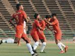 para-pemain-timnas-u22-indonesia-merayakan-gol-yang-dilesakan-m-lutfi-kamal-ke-gawang-vietnam.jpg
