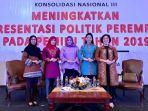 parlemen-legislatif-perempuan-bangka-belitung-kenakan-baju-cual-saat-rakornas-iii_20171117_215902.jpg