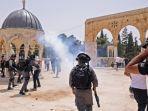 pasukan-keamanan-israel-dan-jemaah-muslim-palestina.jpg