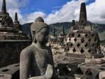 patung-buddha-di-candi-borobudur-magelang-jawa-tengah_20161110_225007.jpg