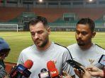 pelatih-timnas-indonesia-simon-mcmenemy-di-stadion-pakansari-kabupaten-bogor.jpg