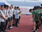 pelatih-timnas-u-22-indonesia-indra-sjafri.jpg