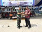 pemberian-cinderamata-secara-simbolis-dari-kantor-perwakilan-bank-indonesia_20180925_174859.jpg
