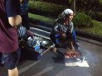 penjual-sate-ayam-di-sekitar-kawasan-malioboro_20180101_232347.jpg
