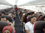 penumpang-pesawat_20180214_090217.jpg