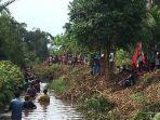 peserta-lomba-nirok-di-sungai-aiklelap-desa-kayubesi.jpg