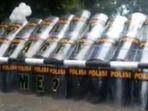polisi-lamar-kekasih-di-kampus_20170201_180301.jpg