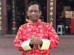 profesor-mahfud-md-saat-berada-di-singkawang_20180212_222935.jpg