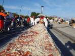 proses-pembuatan-pizza-terpanjang-di-dunia_20160524_104143.jpg