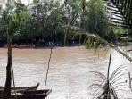 proses-pencarian-korban-hilang-di-sungai-desa-pangkal-raya-minggu-572020.jpg