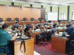rapat-paripurna-penyampaian-rancangan-peraturan-daerah-raperda-kabupaten-bateng.jpg